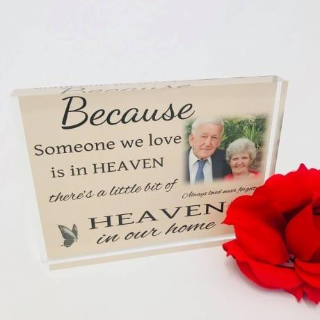Personalised remembrance photo keepsake