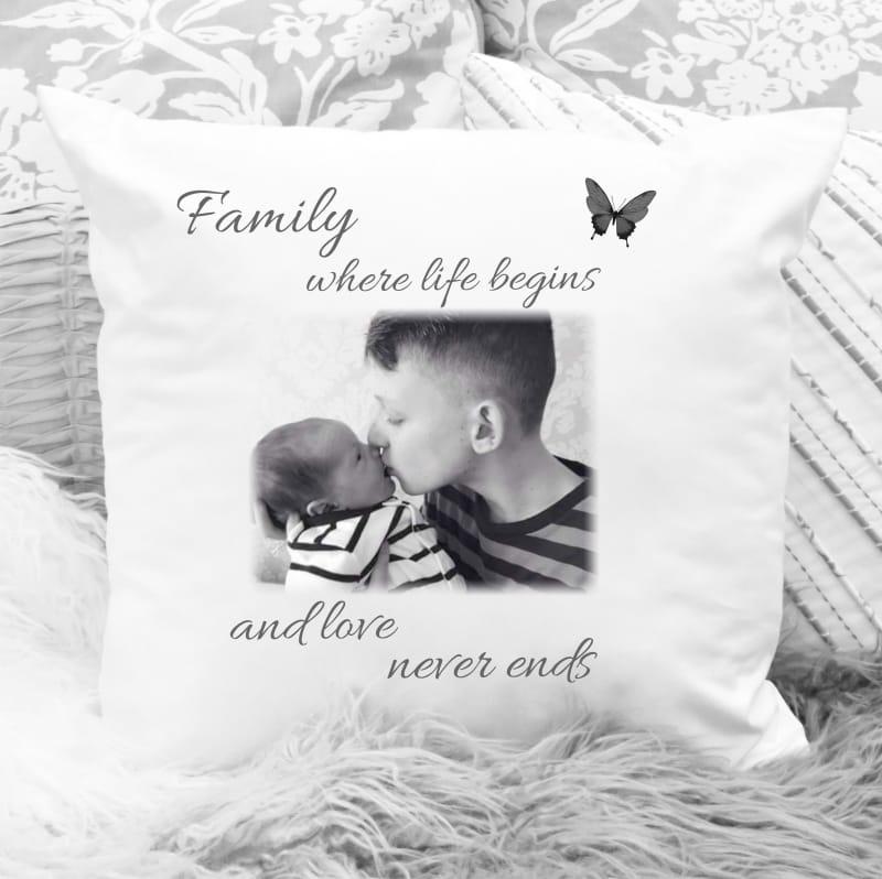 Cushion 14 : Family