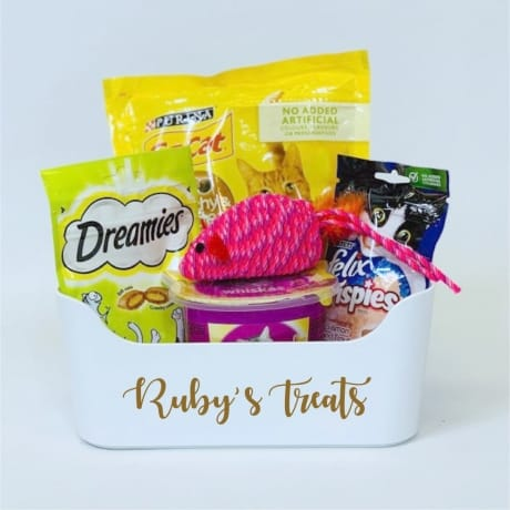 Personalised cats treat basket