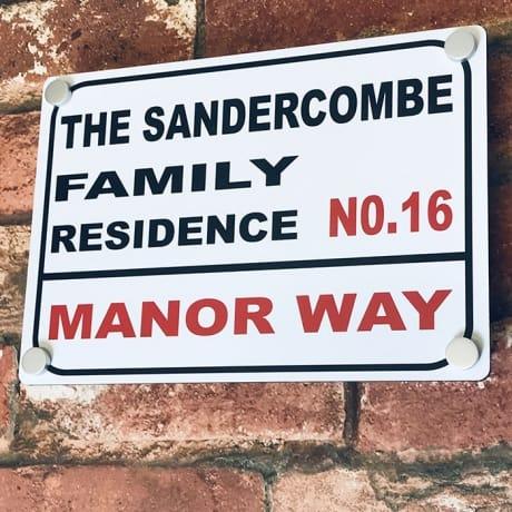 Door sign - Family residence