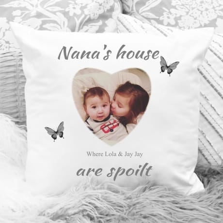 Personalised cushion: where children are spoilt